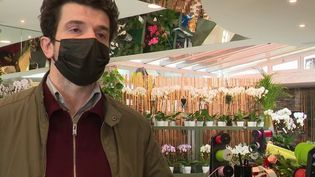 Reconfinement de 16 départements : les fleuristes et les chocolatiers ont le droit de rester ouverts (France 3)
