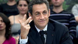 Nicolas Sarkozy en pleine explication lors d'une table ronde sur la santé à Carcassonne, le 25 octobre 2011. (PASCAL PAVANI/ AFP)