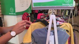 Consommation : les vêtements d'occasion s'arrachent (Capture d'écran France 2)