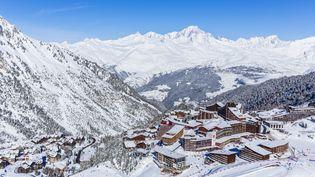 Le massif de la Vanoise, dans la vallée de la Tarentaise, le 4 février 2019. (JACQUES PIERRE / HEMIS.FR / AFP)
