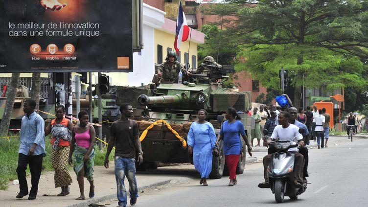 Les soldats français pendant l'opération Licorne en 2011 en Côte d'Ivoire (ISSOUF SANOGO / AFP)