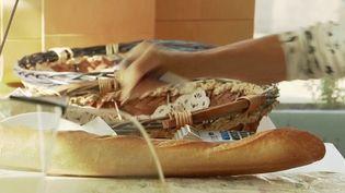 Jaulnay : la renaissance d'un petit village grâce à sa boulangerie  (France 2)