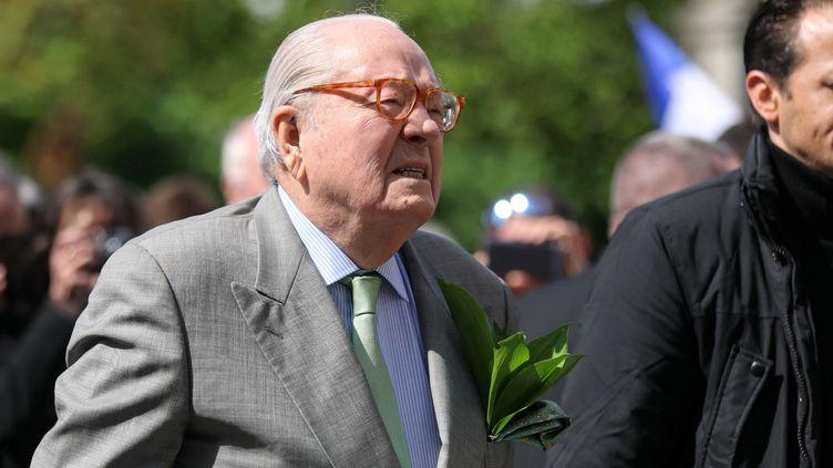 Le fondateur du Front national Jean-Marie Le Pen, le 1er mai 2018 à Paris. (MICHEL STOUPAK / NURPHOTO / AFP)