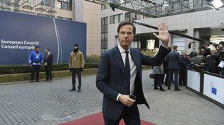 Le Premier ministre néerlandais Mark Rutte arrive à une réunion à Bruxelles (Belgique), le 15 décembre 2016. (JOHN THYS / AFP)
