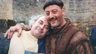"""Patrick Burgel(à g.) et Jean Reno sur le tournage des """"Visiteurs"""". (PATRICK BURGEL )"""