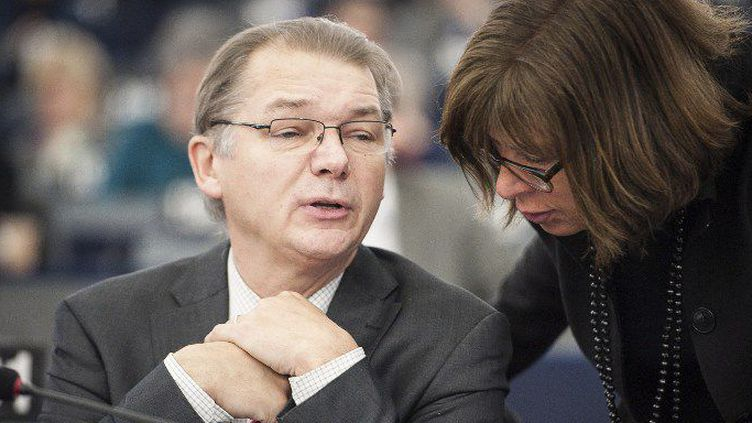 L'eurodéputé belge Philippe Lamberts lors d'une discussion au parlement européen (Wiktor Dabkowski / DPA)