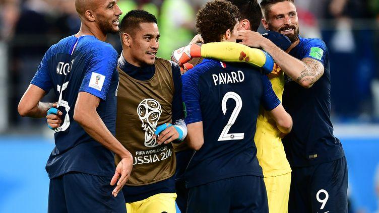 Les Bleus exhultent après leur succès au forceps (1-0) contre la Belgique en demi-finale de Coupe du monde en Russie, le 10 juillet 2018 àSaint-Pétersbourg. (GIUSEPPE CACACE / AFP)