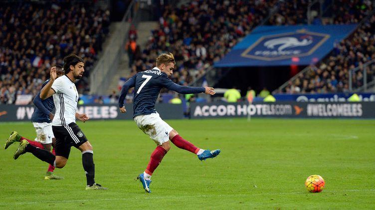Antoine Griezmann pendant France - Allemagne le 13 novembre au Stade de France (MIGUEL MEDINA / AFP)