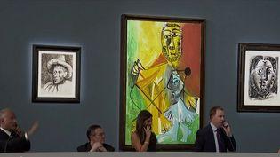 Les œuvres de Pablo Picasso sont toujours tendances et prisées des collectionneurs. Lors d'une vente aux enchères se déroulant aux États-Unis, près de 109 millions de dollars de ventes ont été enregistrés. (France 2)