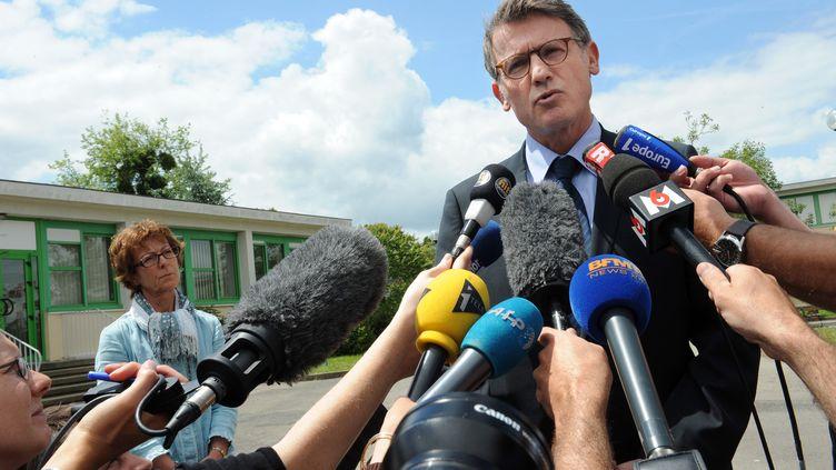 Le ministre de l'Education nationale, Vincent Peillon,le 23 juin 2012, à Rennes (Ille-et-Vilaine). (JEAN-FRANCOIS MONIER / AFP)