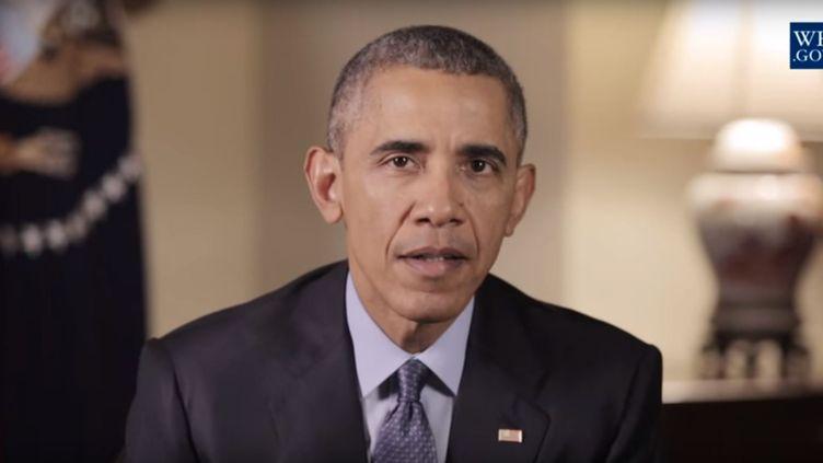 Capture d'écran du message hebdomadaire de Barack Obama, posté sur YouTube, le 5 décembre 2015. (THE WHITE HOUSE / YOUTUBE)