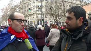 """Un homme s'est fait passer pour un """"foulard rouge"""" auprès de la chaîne russe RT, le 27 janvier 2019. (RT / YOUTUBE)"""