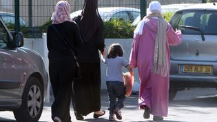 Femmes voiléesen France, photo d'illustration. (ALEX BAILLAUD / MAXPPP)