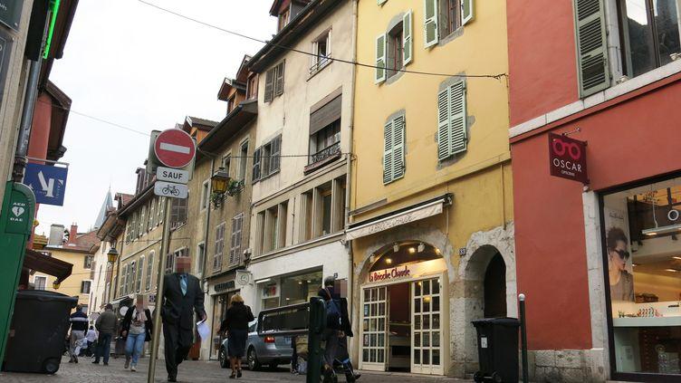 La rue Carnot à Annecy (photo d'illustration). (STEPHANE BOUCHET / MAXPPP)