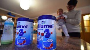 Du lait infantile fabriqué par la société Lactalis. (MAXPPP)