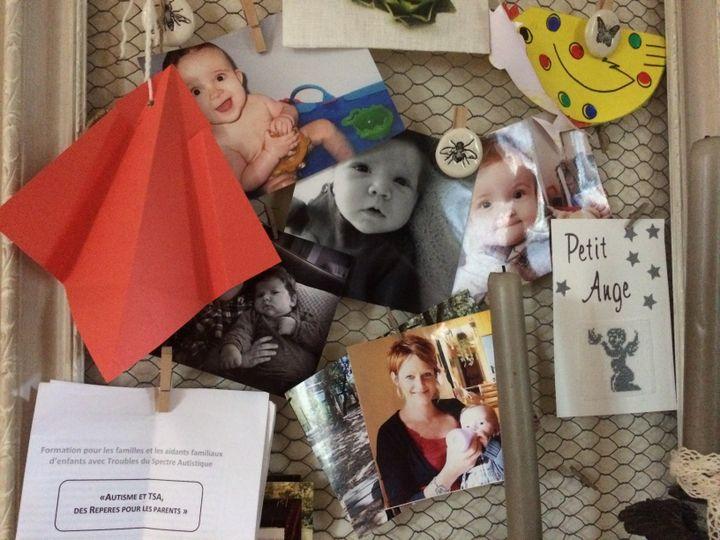 Photos de famille de Louis et de Hannah. (CATHERINE FOURNIER / FRANCETV INFO)