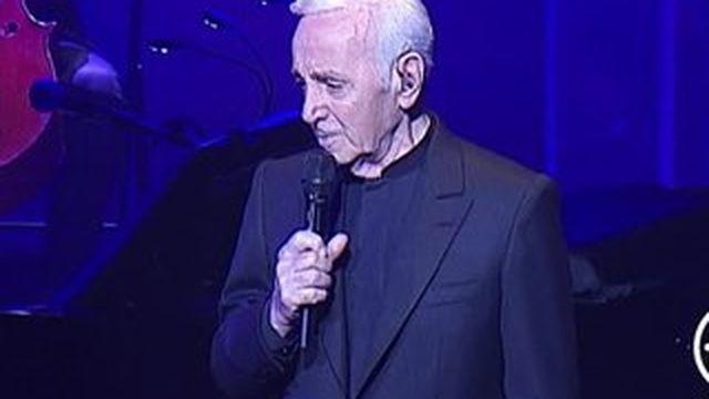 Charles Aznavour remonte sur scène à 91 ans
