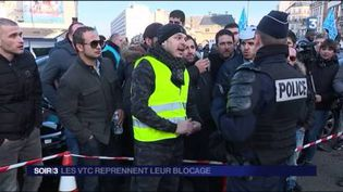 Les chauffeurs de VTC sont en colère. (FRANCE 3)