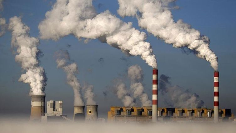 (Centrale thermique de Bełchatów en Pologne © Kacper Pempel/REUTERS)