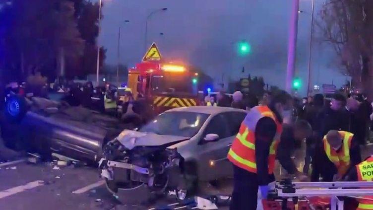 Blois : nuit de violences urbaines suite à un accident (France 2)