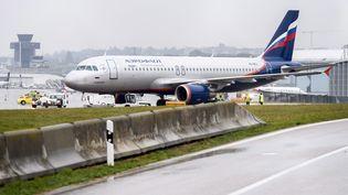 Un Airbus A320 de la compagnie russie Aeroflot, à l'aéroport de Genève (Suisse), le 13 octobre 2016. (MARTIAL TREZZINI / KEYSTONE)