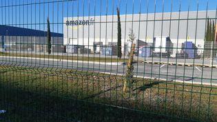 La base logistique d'Amazon située à Montélimar dans la Drôme. (NATHALIE RODRIGUES / FRANCE BLEU DROME ARDECHE)
