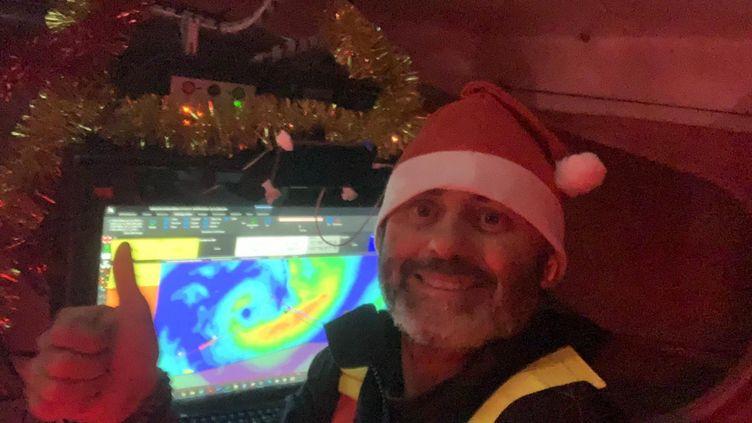 """""""Joyeux Noël"""" en mer deYannick Bestaven, le 25 décembre 2020. (YANNICK BESTAVEN / MAITRE COQ)"""