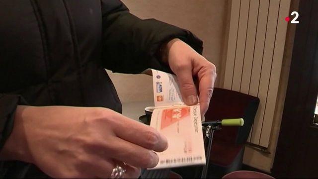 Entreprises : les salariés de SFR en télétravail privés de tickets restaurants