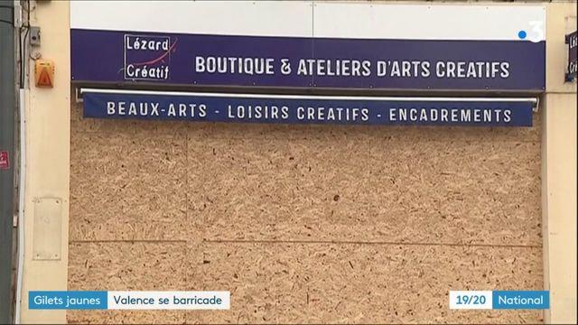 """Gilets jaunes"" : Valence se barricade"