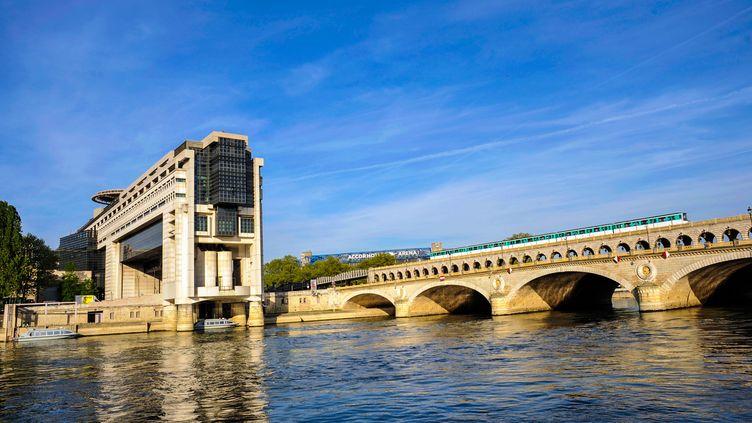 Le siège du ministère de l'Economie et des Finances, à Bercy (Paris). Selon l'Insee, la croissance française était de 1,6% en 2018. (ONLY FRANCE / AFP)