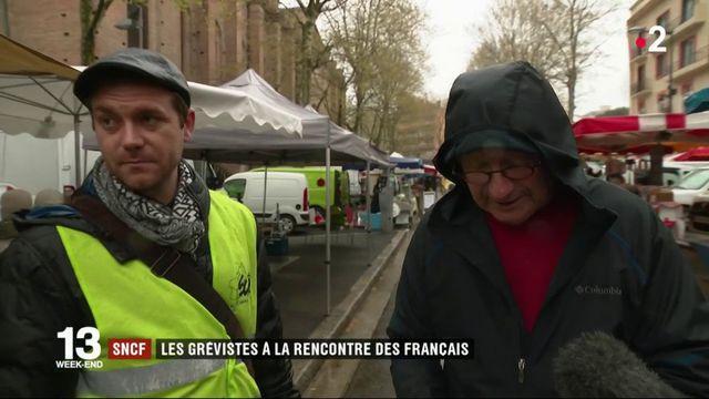 SNCF : des grévistes à la rencontre des Français