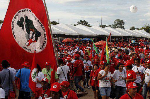 Brasilia, le 10 février 2014. Les paysans sans-terre tiennent leur Congrès national qui coïncide avec le 30e anniversaire du mouvement. (AFP PHOTO / Beto BARATA)