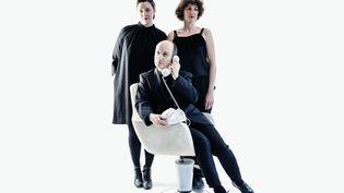 Le collectif BPM, basé à Genève, est un trio de comédiens :Léa Pohlhammer, Pierre Mifsud etCatherine Büchi (de gauche à droite). (Anouk Schneider / Collectif BPM)