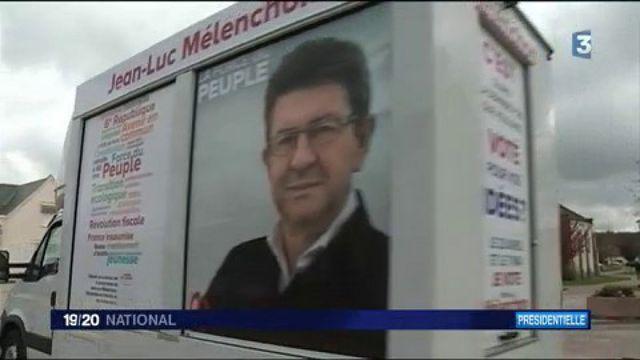 """Jean-Luc Mélenchon : le """"camion insoumis"""" traverse la France pour convaincre les indécis"""