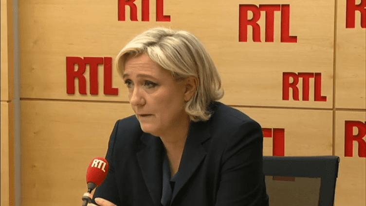 Marine Le Pen, vendredi 5 mai, dans le studio de RTL. (RTL)