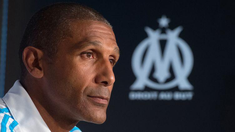 Franck Passi va diriger son premier match sur le banc de l'OM dimanche  (BERTRAND LANGLOIS / AFP)