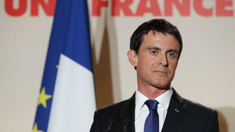 Manuel Valls après sa défaite au second tour de la primaire de la gauche, à Paris le 29 janvier 2017. (PHILIPPE WOJAZER / REUTERS)