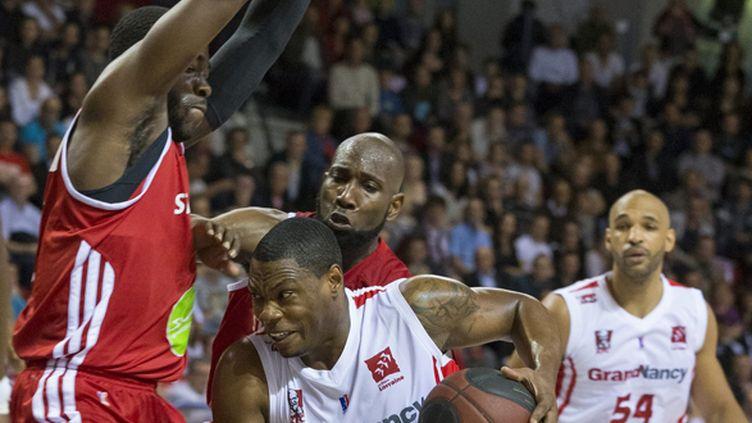 Les Strasbourgeois ont parfaitement géré leur fin de match en renversant Nancy. (/NCY / MAXPPP)