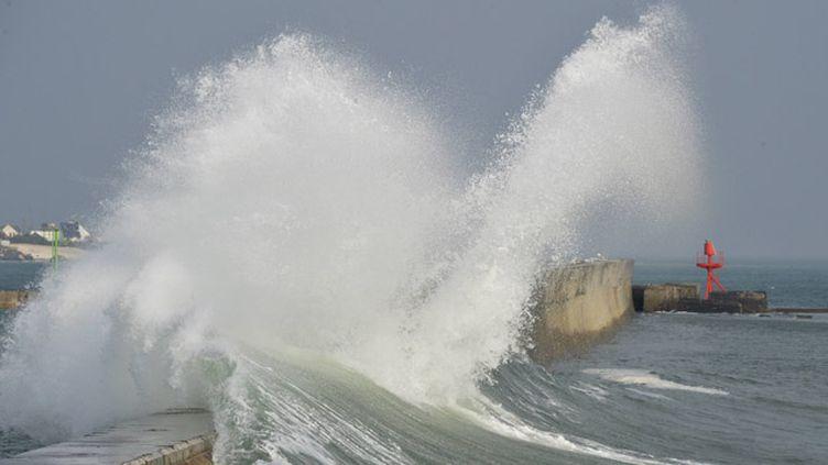 (Les grandes marées ce week-end, des images impressionnantes, ici à Lesconil un coefficient de 115 vendredi, 119 samedi © MaxPPP)