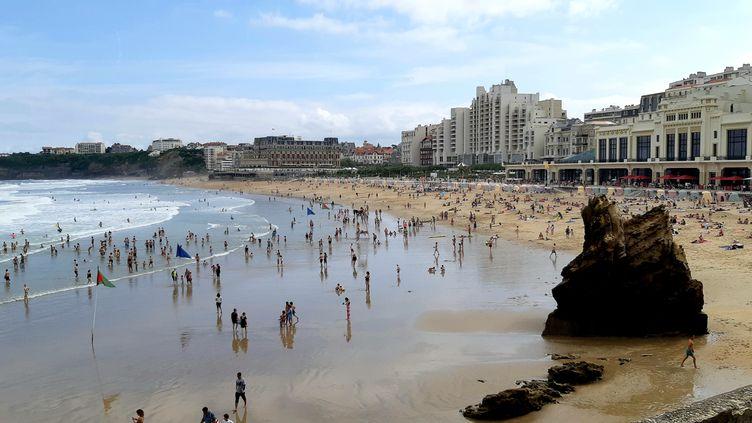 La grande plage de Biarritz, le 18 août 2019. (BENJAMIN  ILLY / FRANCE-INFO)