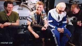 David Bowie fondu dans son groupe Tin Machine.  ((c) Michel Vial)