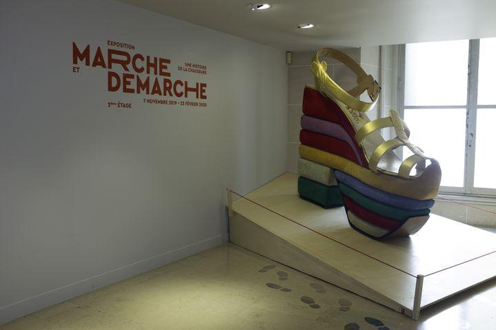 """Exposition """"Marche et démarche. Une histoire de la chaussure"""" au MAD Paris (OLESYA OKUNEVA)"""