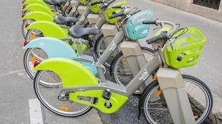 Le nouveau Vélib à assistance électrique à Paris, le 23 mai 2018. (ORTEO LUIS / HEMIS.FR / AFP)