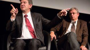 Le co-président du Parti de Gauche Jean-Luc Mélenchon (G) et le secrétaire général du parti communiste Pierre Laurent le 18 septembre 2012 à Vitry-sur-Seine (Val-de-Marne). (REVELLI-BEAUMONT / SIPA)