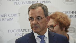 Thierry Mariani en visite en Crimée, un territoire ukrainien annexé par la Russie, le 29 septembre 2016. (ALEXANDR POLEGENKO / SPUTNIK)