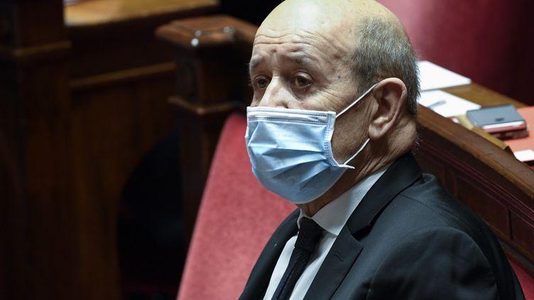 Le ministre des Affaires étrangères, Jean-Yves Le Drian, assiste à une séance de questions au gouvernement, le 17 novembre 2020 à l'Assemblée nationale à Paris. (BERTRAND GUAY / AFP)