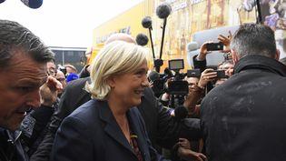 Marine Le Pen, en visite àDol-de-Bretagne (Ille-et-Vilaine), le 4 mai 2017. (DAMIEN MEYER / AFP)
