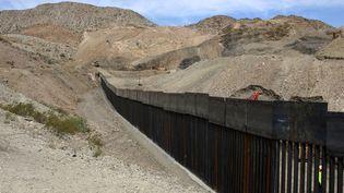 Le mur à la frontière entre les Etats-Unis et le Mexique, le 27 mai 2019. (MAXPPP)