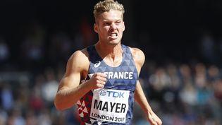 Kevin Mayer, lors du 100 m du décathlon des Mondiaux d'athétisme de Londres, le 11 août 2017. (ADRIAN DENNIS / AFP)