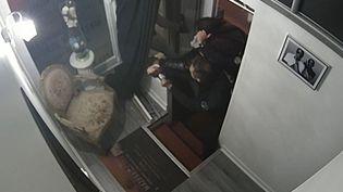 Capture d'écran d'une vidéosurveillance montrant le producteur de musique Michel Zecler frappé par des policiers dans son studio de musique à Paris, le 21 novembre 2020. (MICHEL ZECLER / GS GROUP / AFP)